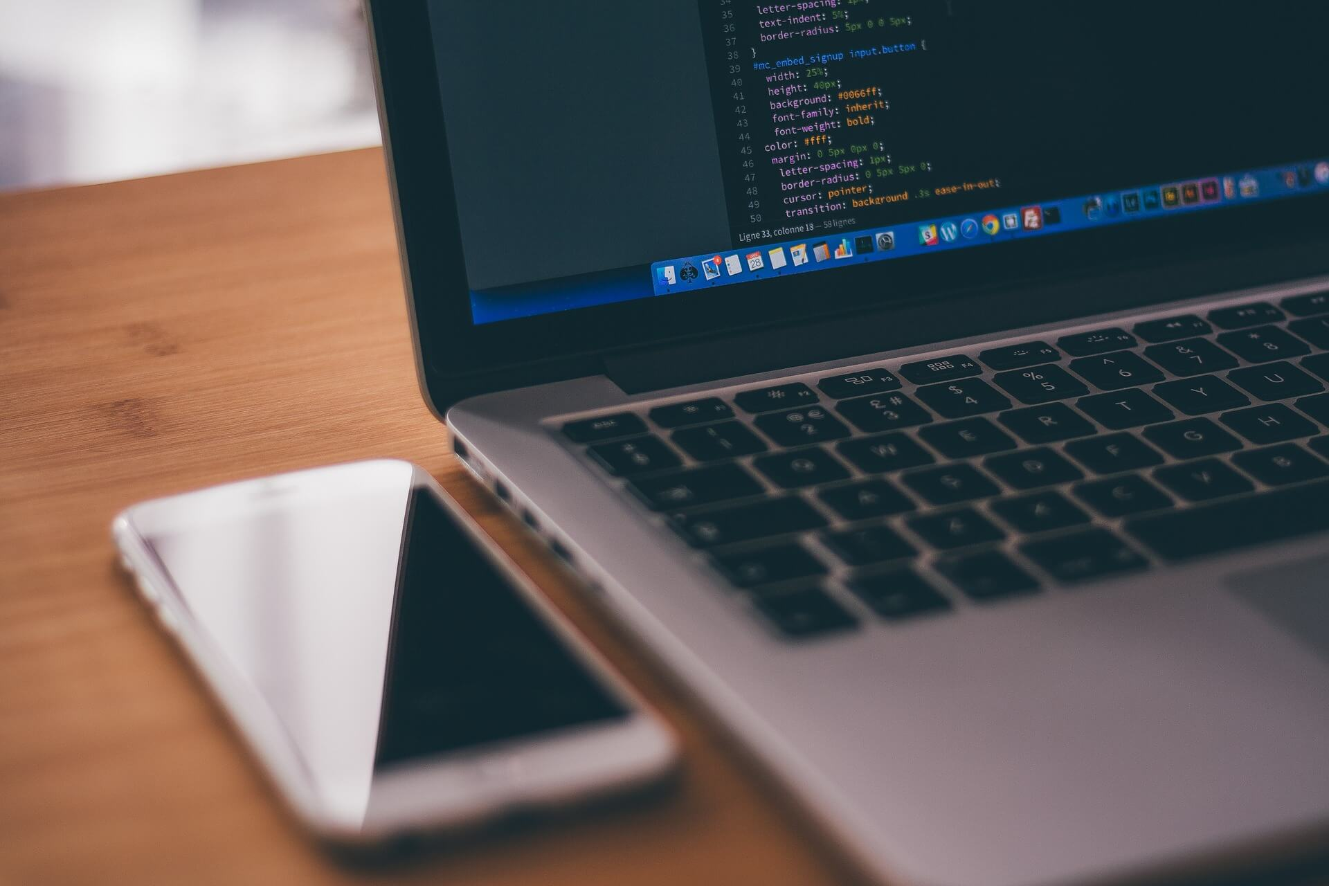 JavaScript VS JScript: The Ultimate Comparison
